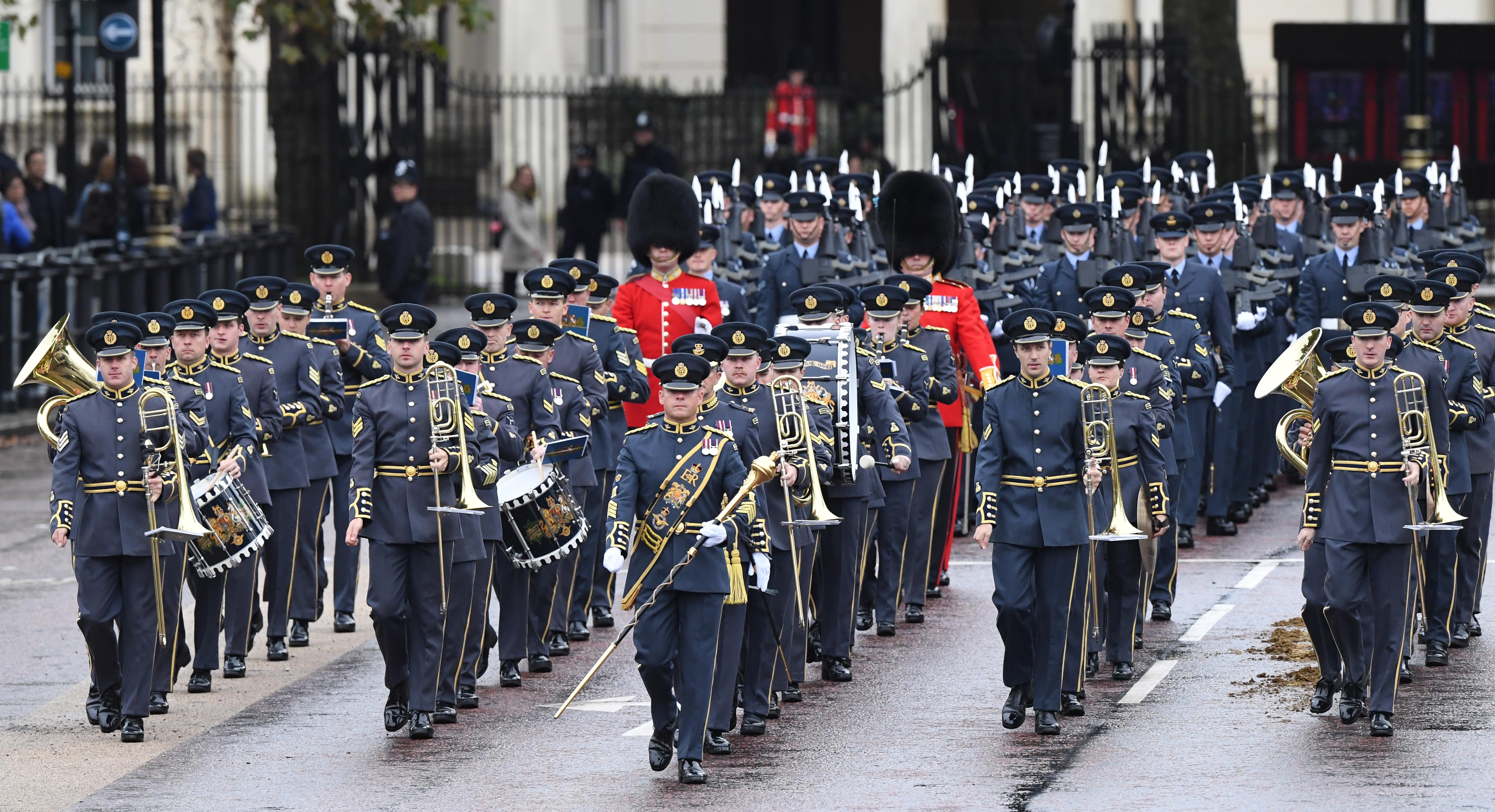 Речта на кралицата бележи първото подобно обръщение на монарх след 21 юни 2017 г. Тази година обръщението очертава законодателната програма на Великобритания за предстоящата година.Речта се произнася традиционно в Камарата на лордовете.