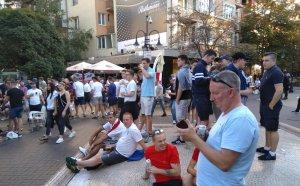 Напрежение между фенове на България и Англия (видео)