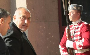 Борисов: Призовавам Михайлов незабавно да подаде оставка!
