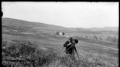 Милтон и Янаки Манаки са бащите на киното на Балканите. Те обаче са и фотографи, запазили на лентите си автентичния балкански дух от края на 19 век.