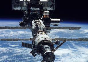 Астронавтките на НАСА ще излязат в Космоса по-рано от предвиденото