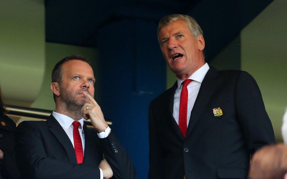 Ръководството на Манчестър Юнайтед е изразило притеснения, че ще е