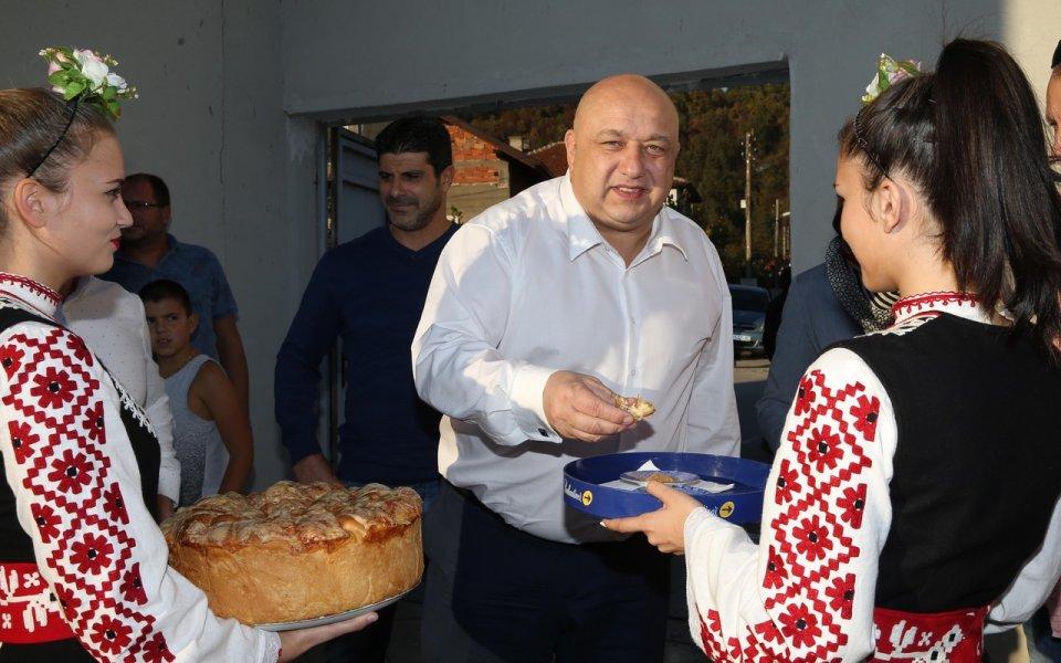 Министър Кралев се срещна с представители на ФИБА и ФИБА Европа