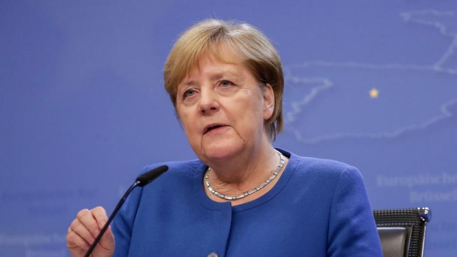 Първият тест на Меркел за COVID-19 е отрицателен
