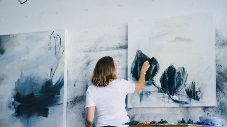жена творчество креативност