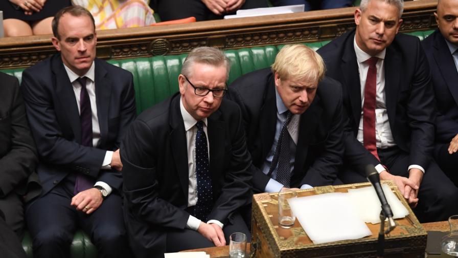 <p>Джонсън изпрати 3 писма до ЕС, обвиниха го в стил Тръмп</p>