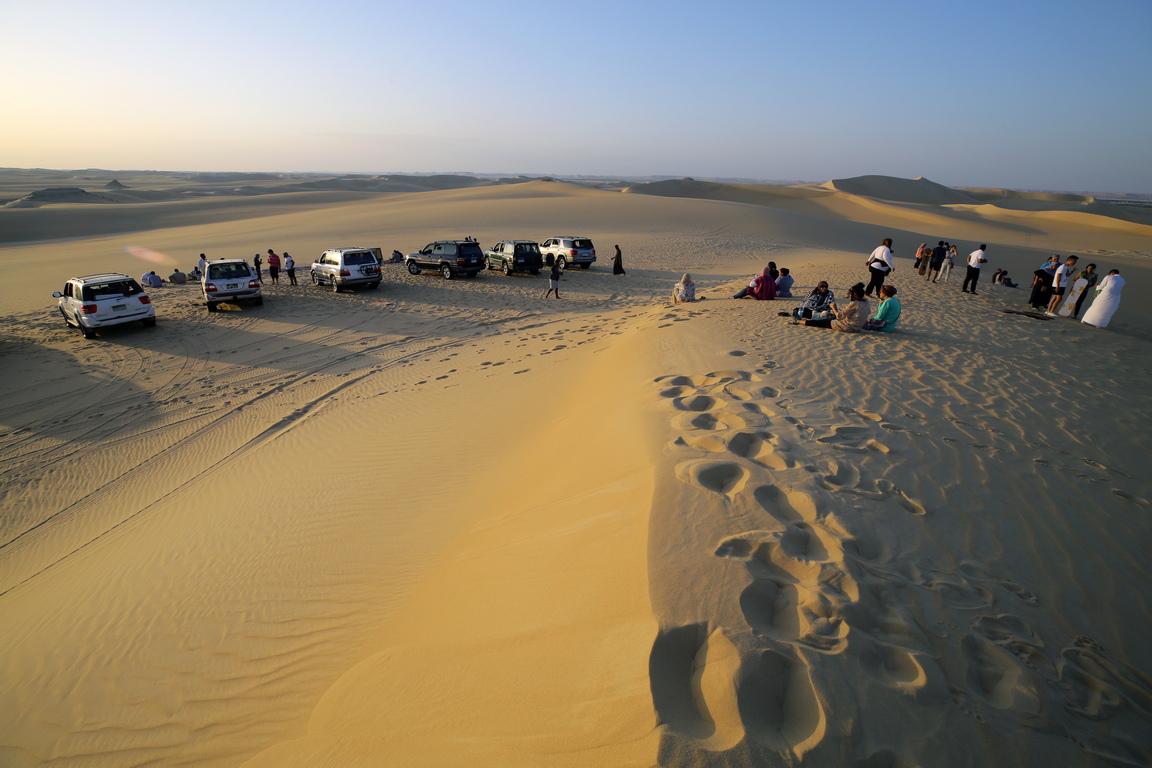 <p>Голямото пясъчно море, едно от най-големите в света, се простира на стотици километри</p>