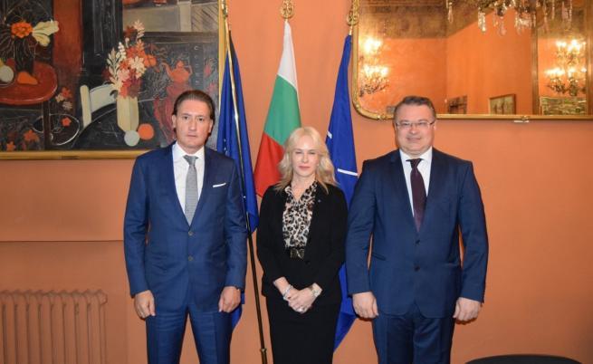 Домусчиев на среща с италианската асоциация на работодателите