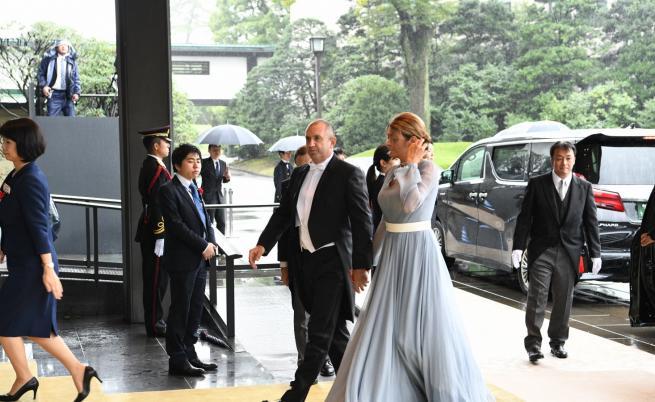 Експерт: Радеви изглеждаха по-добре от кралските двойки
