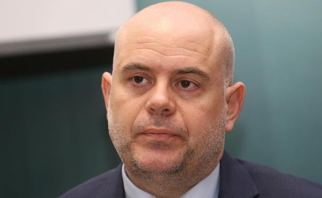 Гешев за Божков: Знаем, че се изправяме срещу най-богатия българин