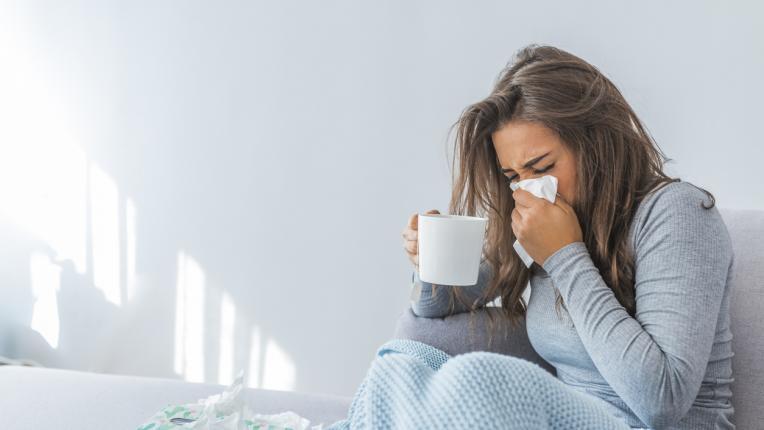 жена болест вирус грип ваксина