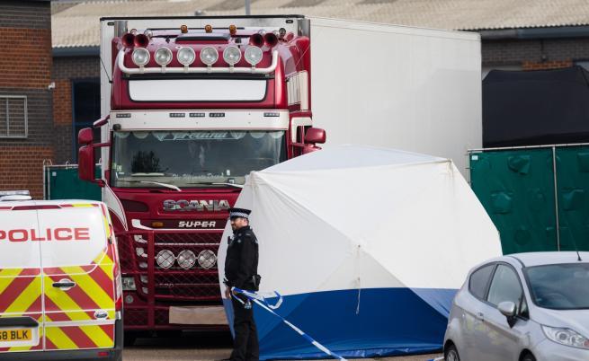 Нови арести заради намерения в Англия камион с трупове