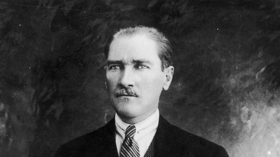 <p>Филм за любовта между Кемал Ататюрк и Димитрина Ковачева&nbsp;</p>