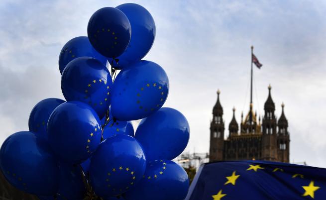 Опозицията във Великобритания хареса идеята за предсрочни избори