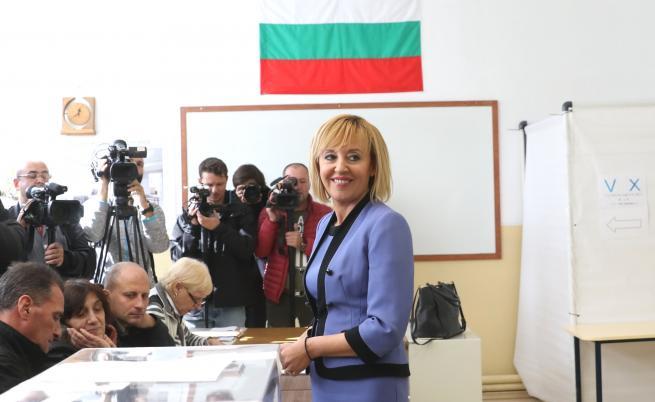Мая Манолова съди Борисов, иска 15 хил. лв. обезщетение