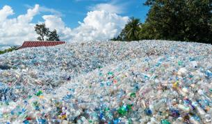 Тонове незаконен боклук на пристанище Варна