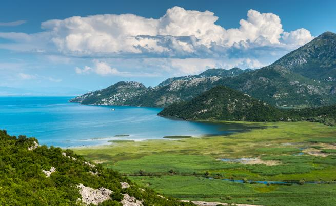 Най-голямото езеро на Балканите е застрашено