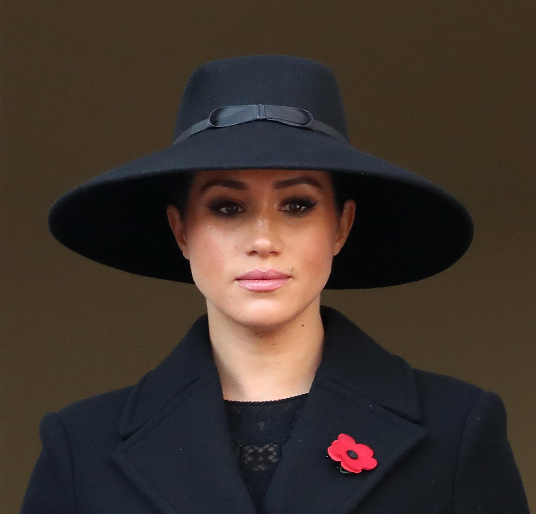 <p>Херцогините на Кеймбридж и Съсекс&nbsp;се присъстваха на традиционната неделна възпоменателнна служба в Лондон.</p>