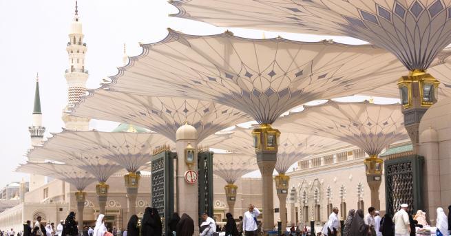 Свят Саудитска Арабия определи феминизма, атеизма и хомосексуализма за екстремизъм