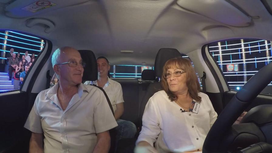 Старозагорка си тръгна с чисто новa кола от шоуто Национална лотария