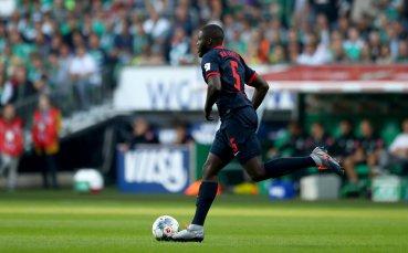 Тотнъм измъква под носа на Арсенал талантлив бранител