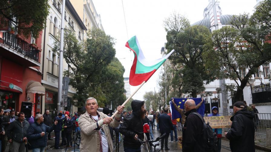 Протестите пред сградата на ВСС