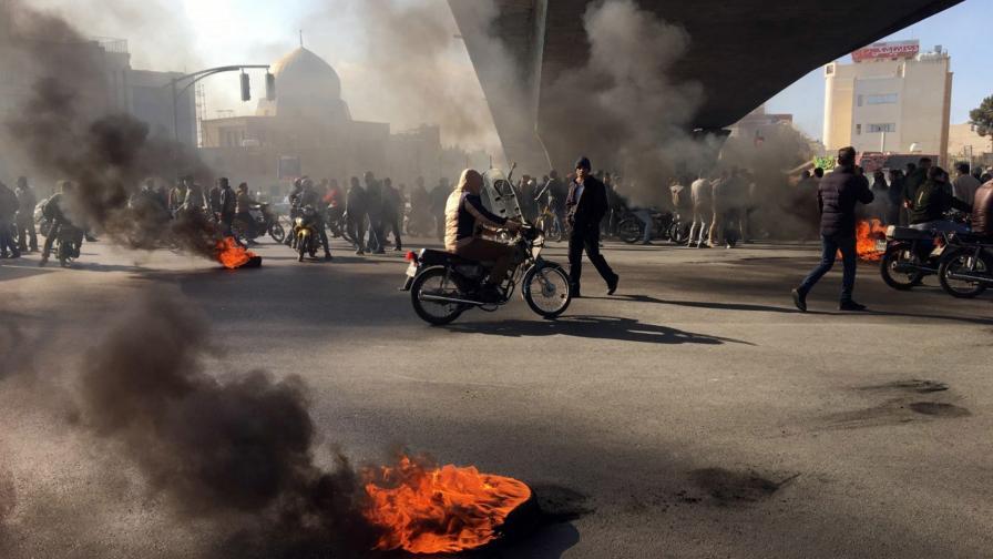 Протестите в Иран