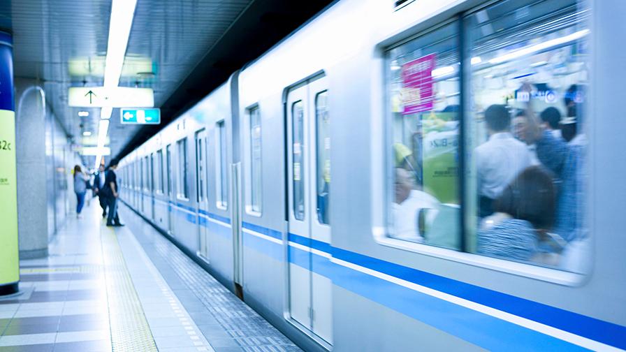 LED осветление и в метрото