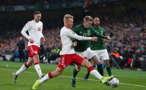 НА ЖИВО: Драма на Ирландия - Дания в мача на вечерта, всички резултати от евроквалификациите