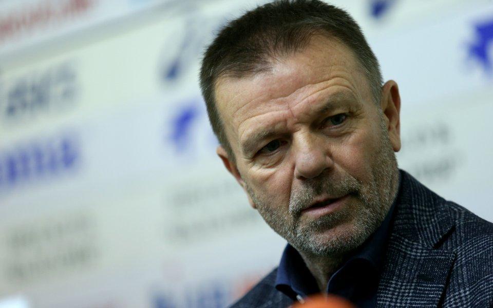 Треньор №1 у нас за 2019 г. Стойчо Младенов коментира