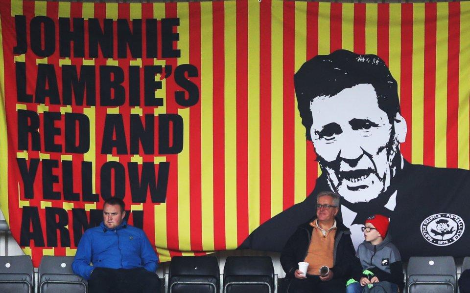 Новият собственик на шотландския Патрик Тисъл Колин Уеър насърчи феновете
