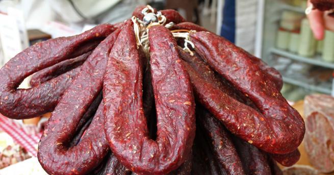 България БАБХ: Продадени са 50 кг суджук, заразен с листерия