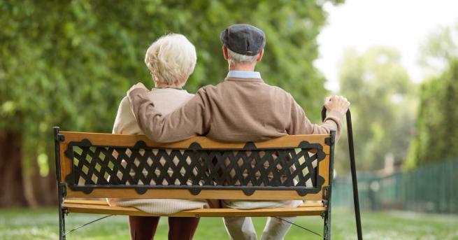 Любопитно Дядо Джо и 60-годишната любов към неговата съпруга Паметта