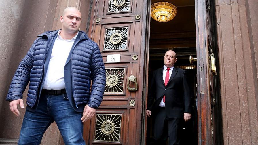 Гешев отказа срещата с Нинова