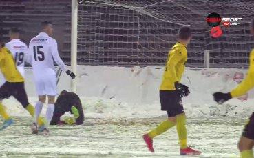 Отново Неделев покоси Славия за 2:0