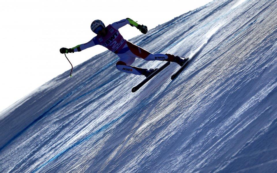 Швейцарец с първа победа в ските след триумф в Супер-Г