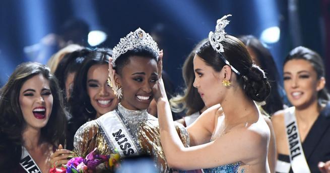 Любопитно Зозибини Тунзи е новата Мис Вселена Мис Южна Африка