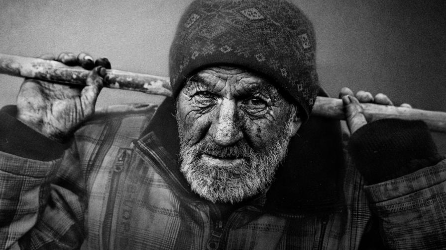 Снимки на хора, останали без дом