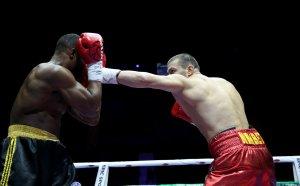 Тервел помля, доминира и вдигна титлата пред Уебстър в Пловдив