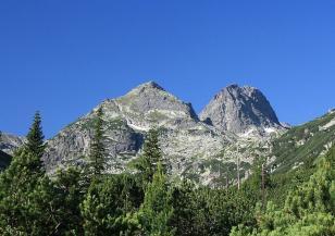На днешния ден загиват 11 български алпинисти