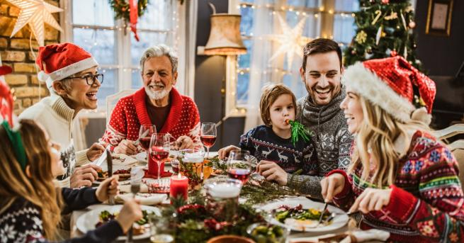 Коледа Каква е коледната вечеря по света Хората отбелязват празника