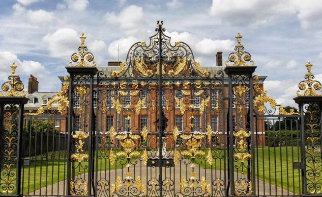 Дворецът Кенсингтън - как е изглеждал по времето на Даяна