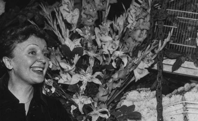 Животът й в (тъмно) розово: Едит Пиаф