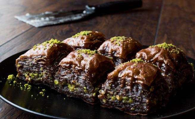 Мини шоколадови баклавички