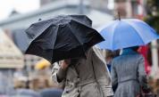 Дъжд и гръмотевици днес, докога ще продължат валежите