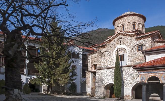 Едни от най-известните манастири в България
