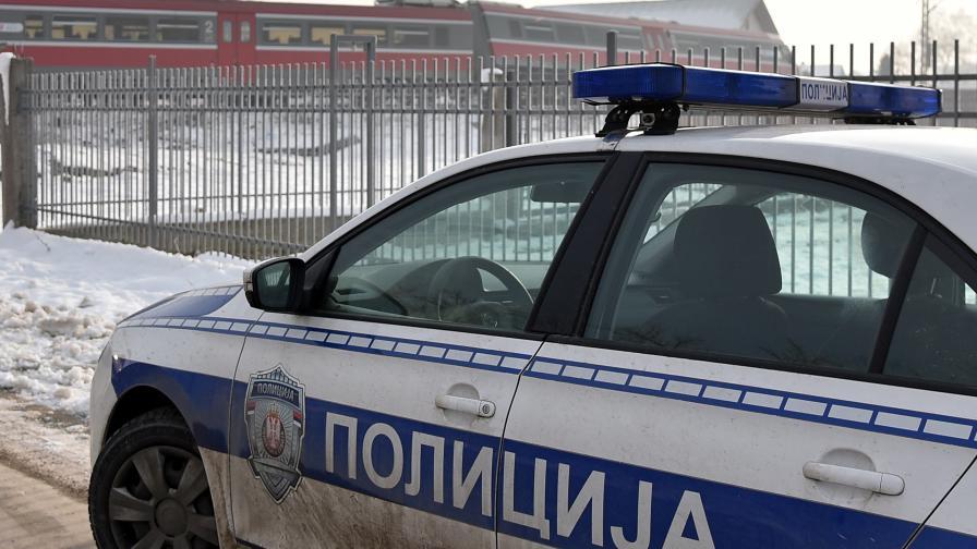 Стотици полицаи търсят педофил и момиче в Сърбия