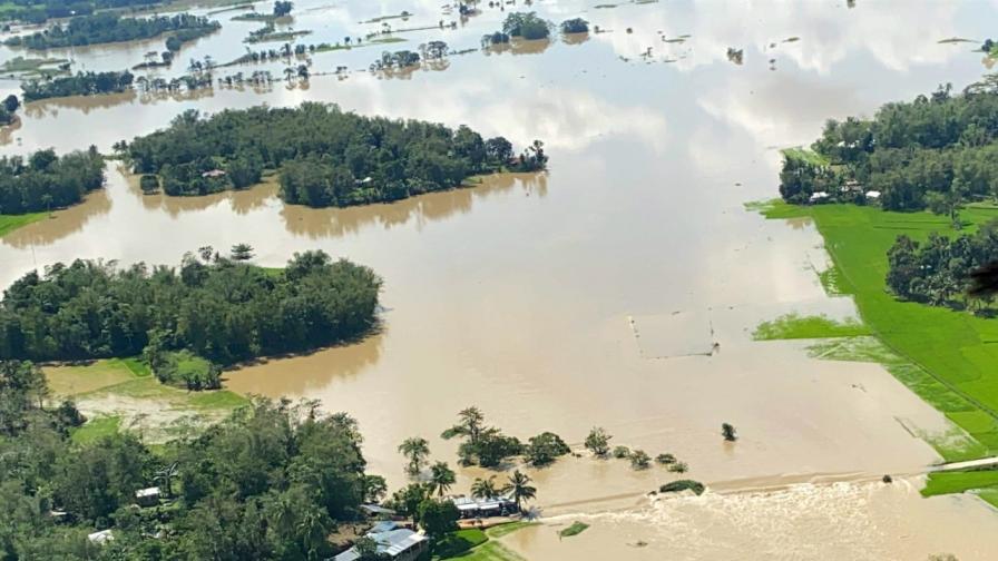41 станаха жертвите на тайфуна във Филипините