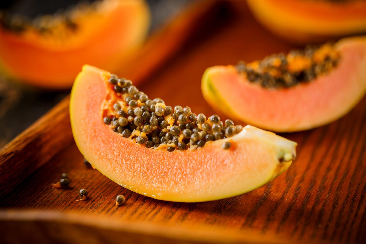 <p><strong>Папая</strong></p>  <p>Папаята съдържа ензим, който ускорява метаболизма. И все пак ограничете количеството папая до 200 грама на хранене.</p>