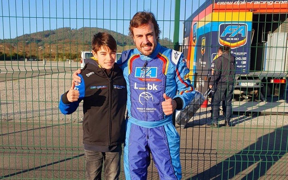 Никола Цолов тренира с Фернандо Алонсо в Испания